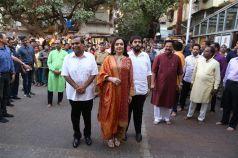 Mukesh Ambani, Nita Ambani and Anant Ambani visit Siddhivinayak Temple