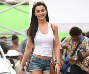 Amy Jackson Hot Pics