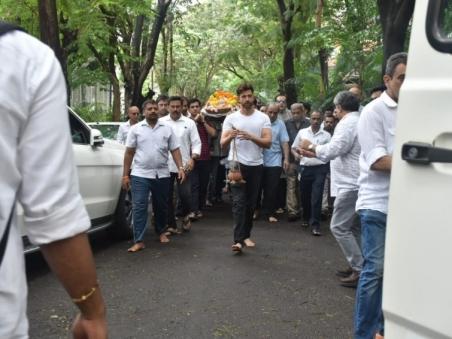om-prakash-funeral_1565164543250.jpg