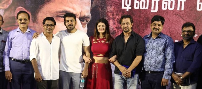 Kolaigaran Movie Trailer Launch and Press Meet