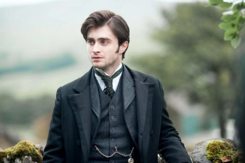 The Woman In Black Photos