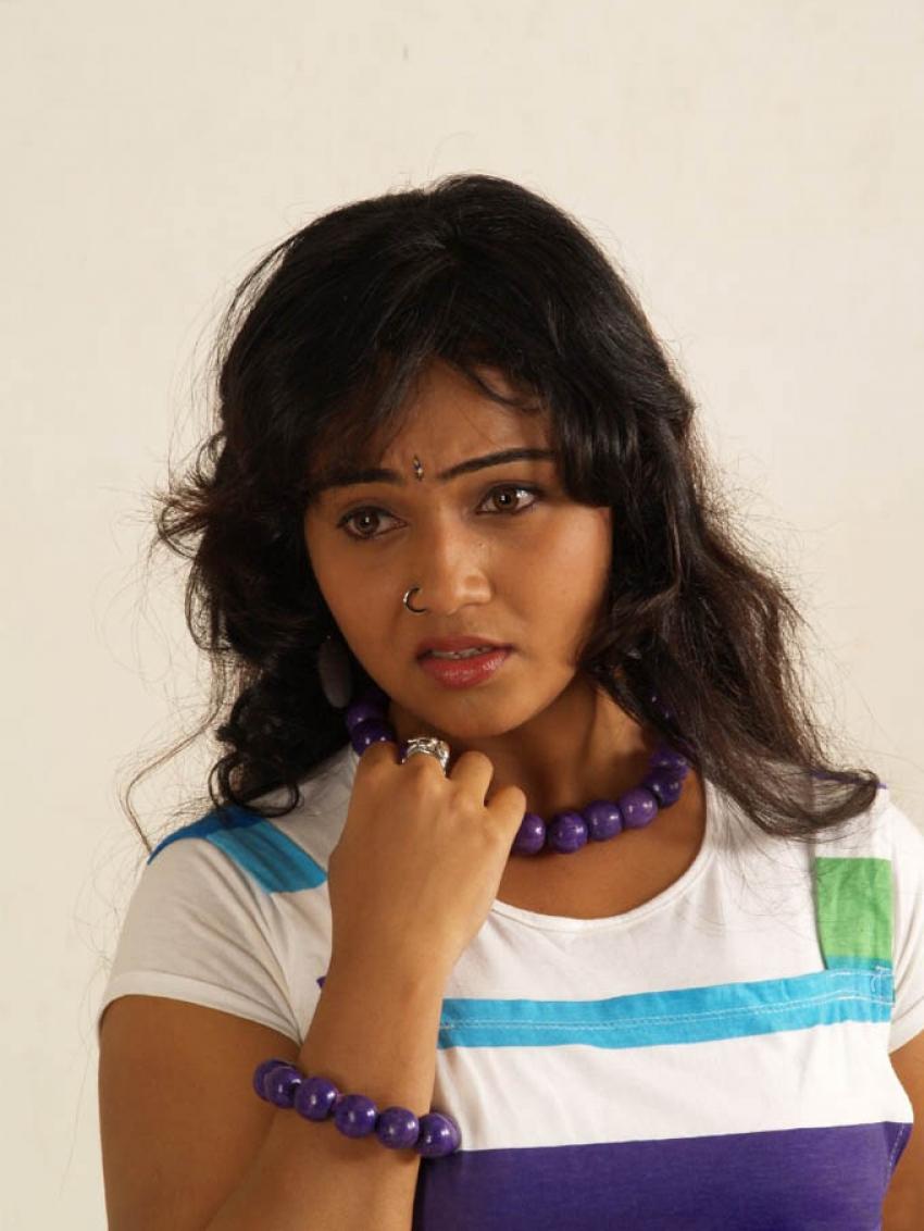 Neenu Karthika Photos