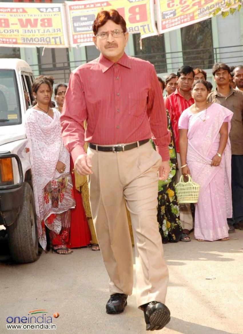 Krishna (Telugu Actor) Photos