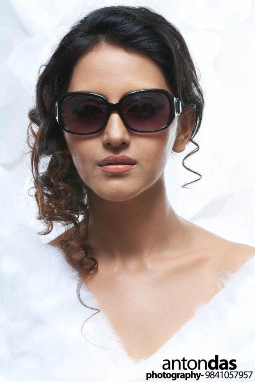 Archana (New Tamil Actress) Photos