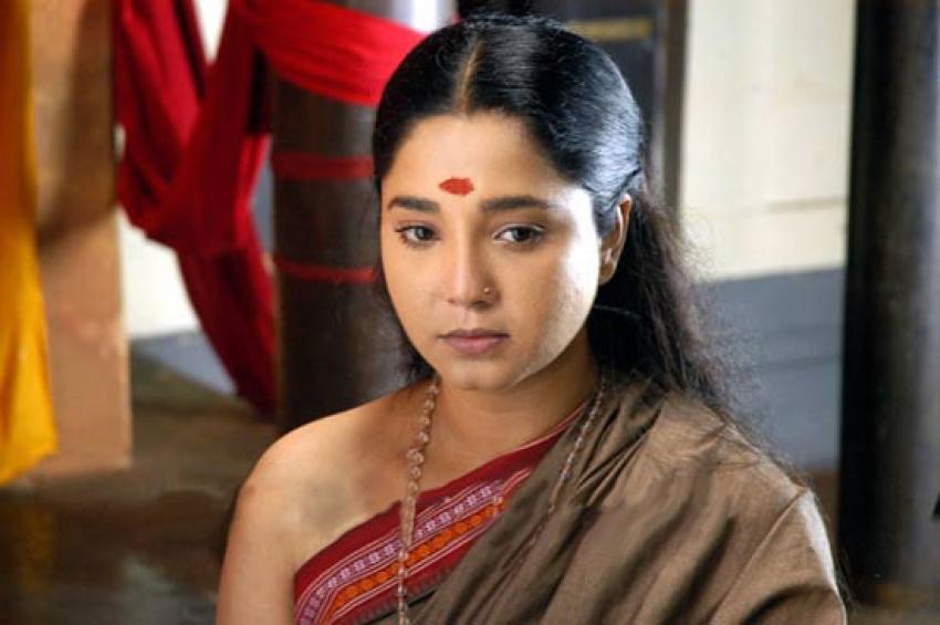Aishwarya (Tamil Actress) Photos