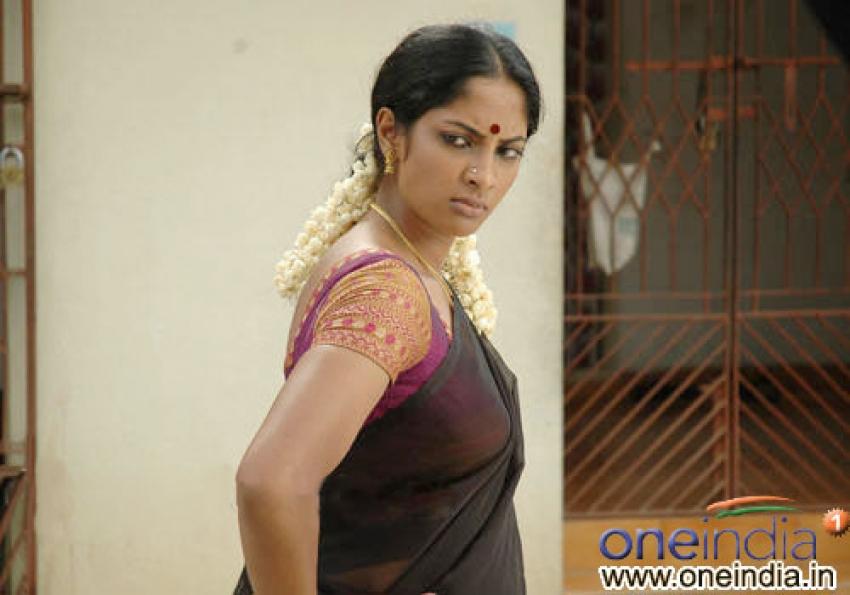 Shreya Reddy Photos [HD]: Latest Images, Pictures, Stills of Shreya Reddy - FilmiBeat