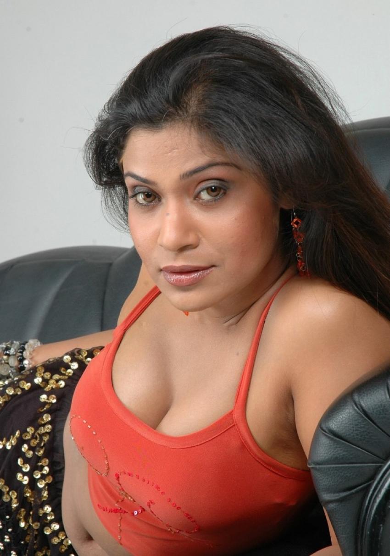 Small screen bollywood bhabhi series 01 - 3 4