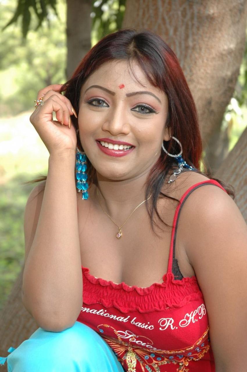 Harani Photos