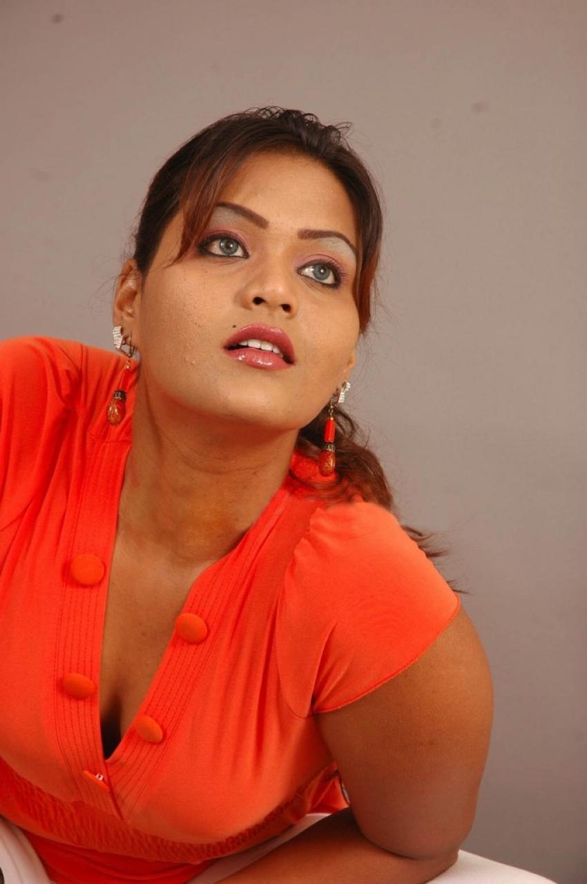 Priya Singh Photos