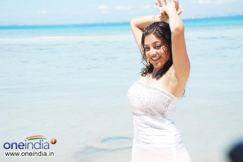 Bhinami Velakotlu Photos