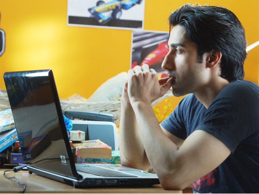 Aashiqui.in Photos
