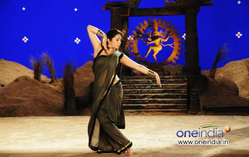 Nagaram Nidrapothunna Vela Photos