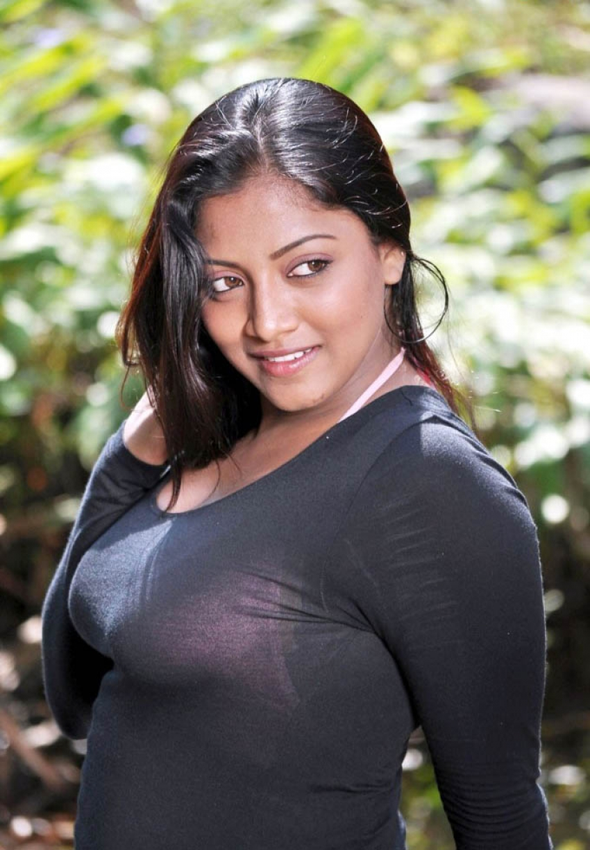 Mounamana Neram Photos