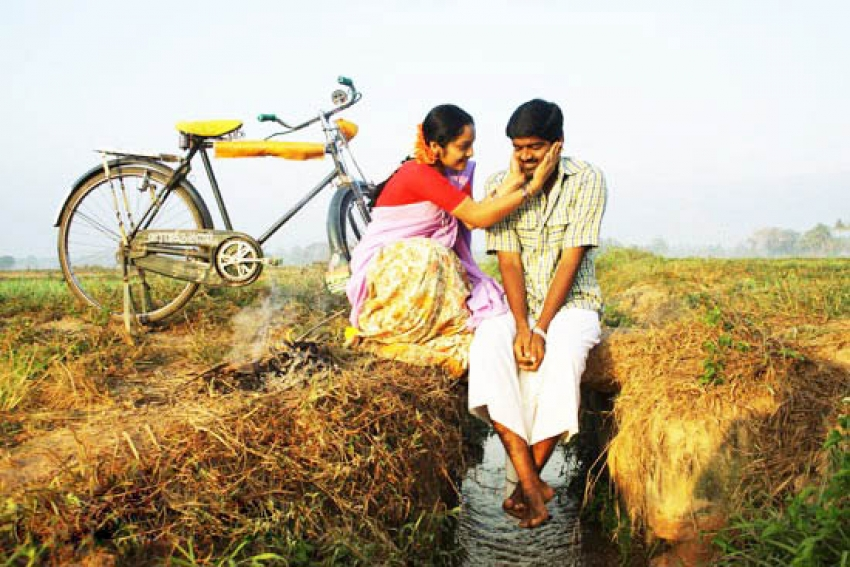Azhagarsamiyin Kudhirai Photos