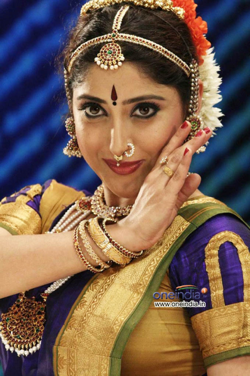 Anthima Theerpu Photos