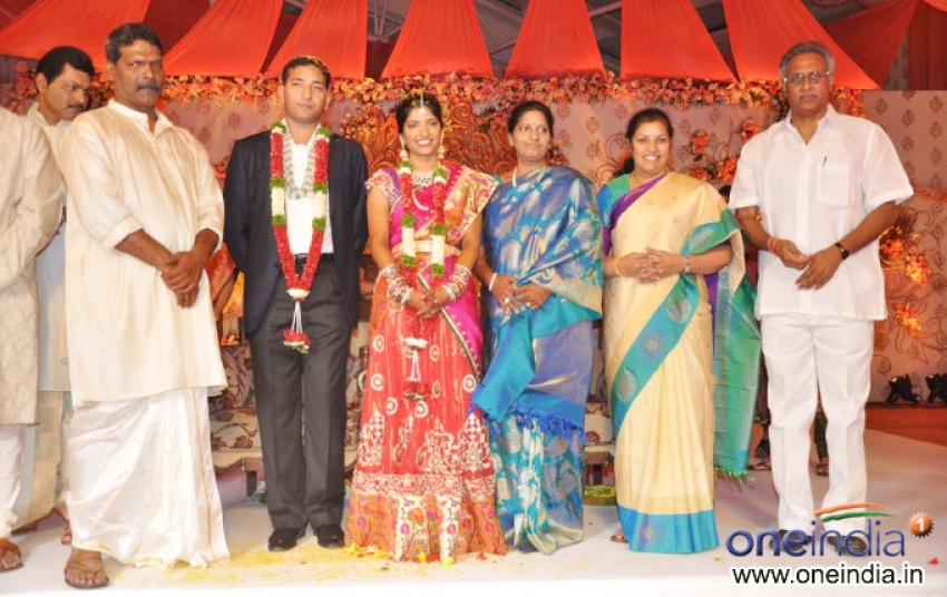Shyam Prasad Reddy Daughter Wedding Photos - FilmiBeat