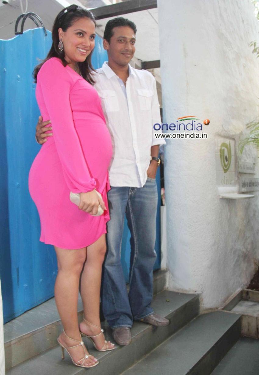 Lara Dutta Baby Shower Ceremony Photos