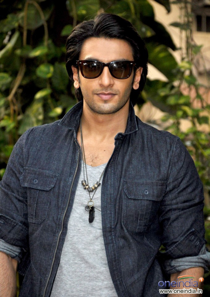 Ladies Vs Ricky Bahl Promotion Photos Filmibeat