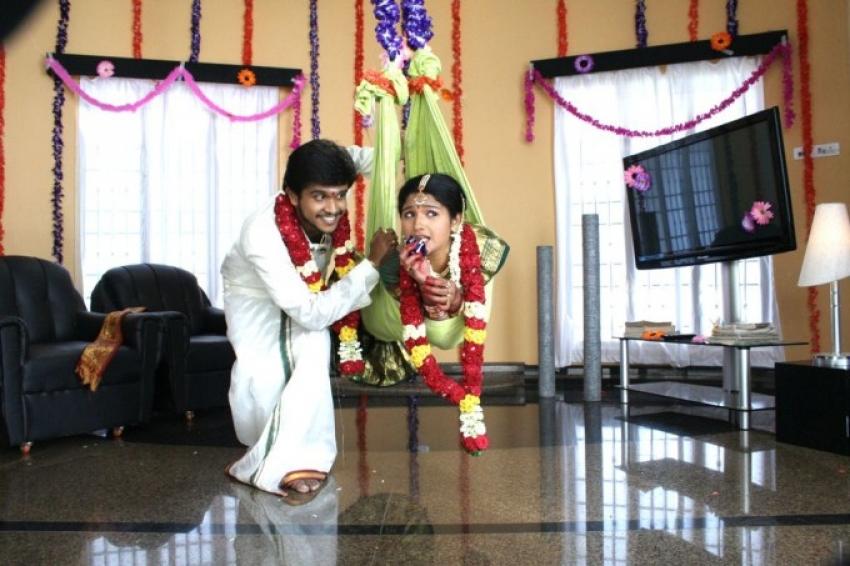 Aayiram Muthangaludan Thenmozhi Photos