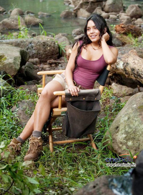 Vanessa Hudgens Photos