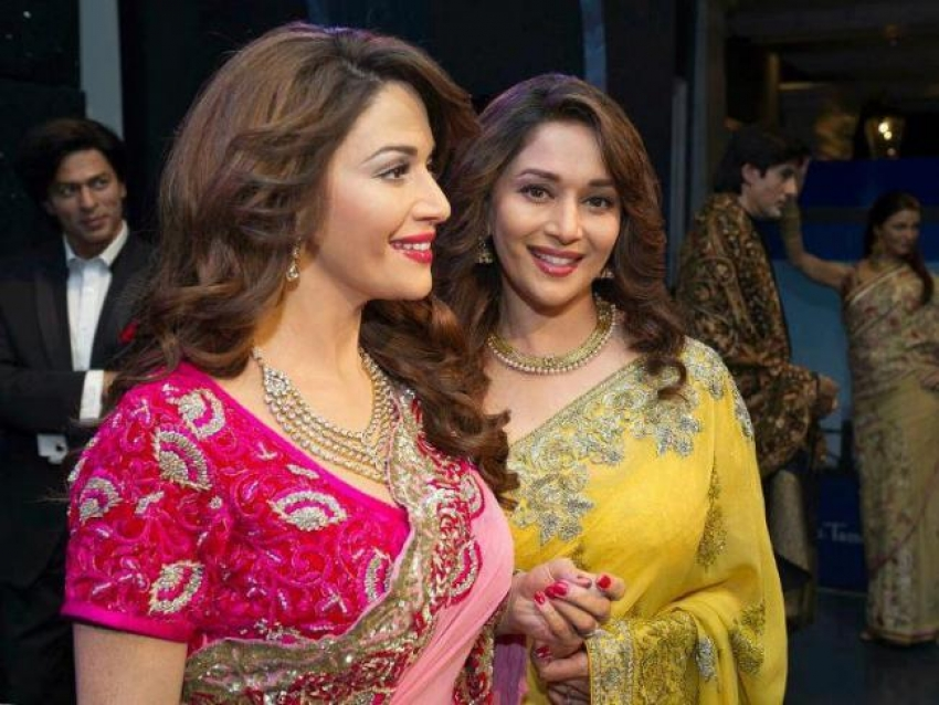 Madhuri Dixit With Her Wax Statue Photos
