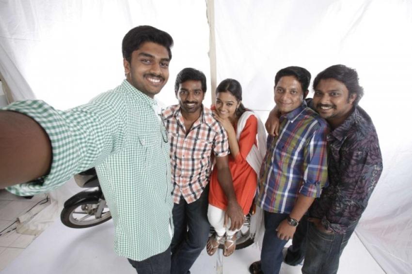 Naduvula Konjam Pakkatha Kaanom Photos