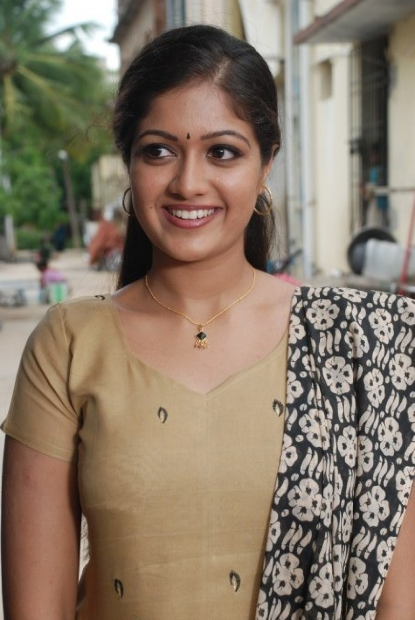Nanda Nanditha Photos