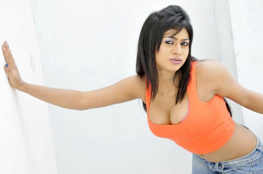 Sanya Srivastava Photos
