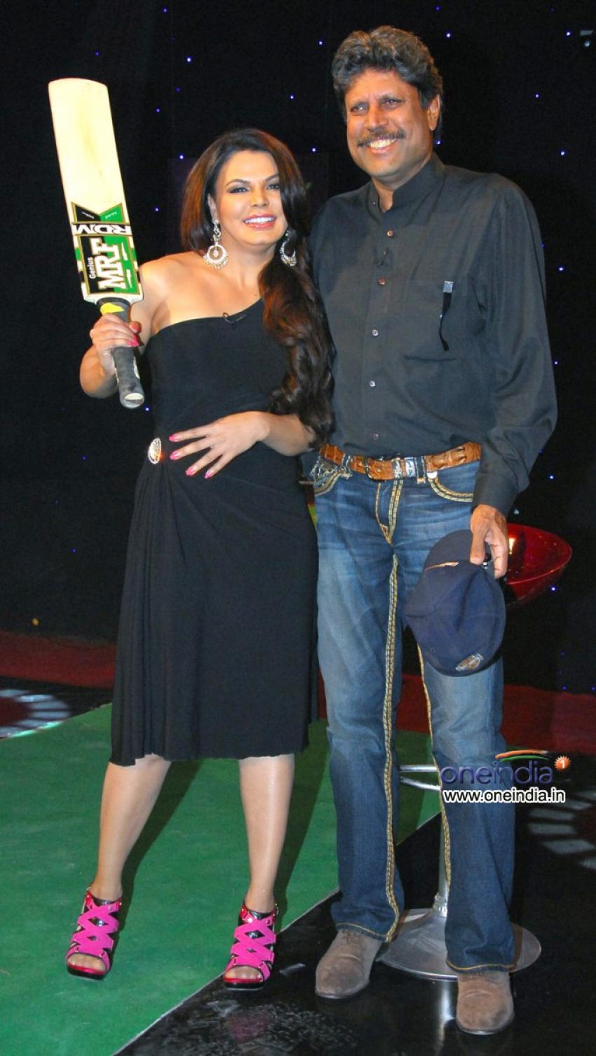 Kapil Dev on Cricket Show For Aaj Tak Photos - FilmiBeat
