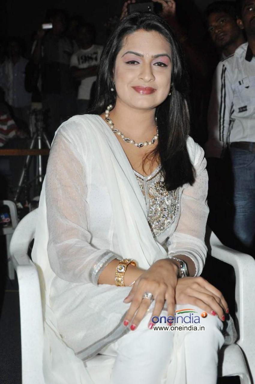 Aditi Agarwal Photos
