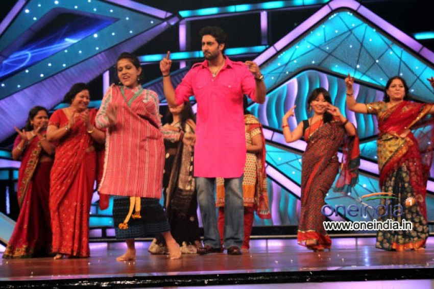 Bol Bachchan Promotion on ZEE TV Lil Champs Photos