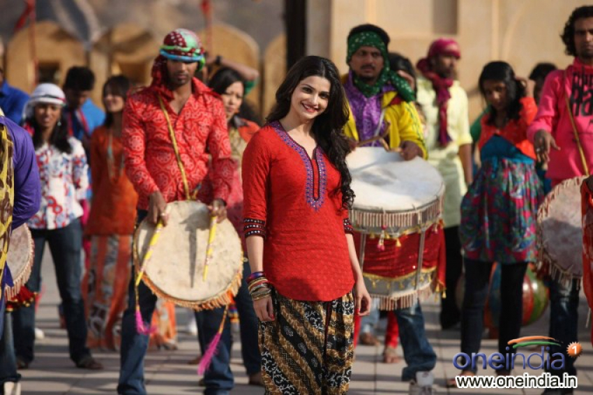 Bol Bachchan Photos: HD Images, Pictures, Stills, First Look Posters