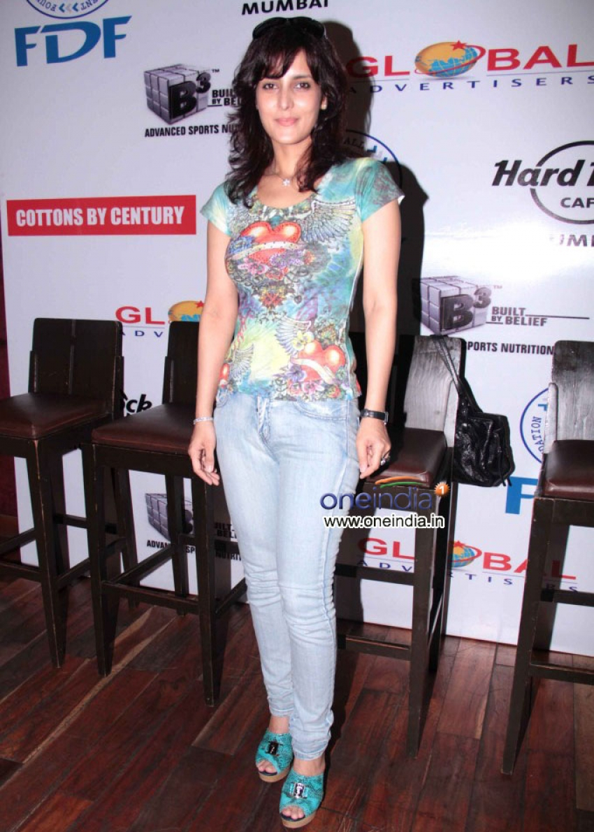 Tulip Joshi Photos
