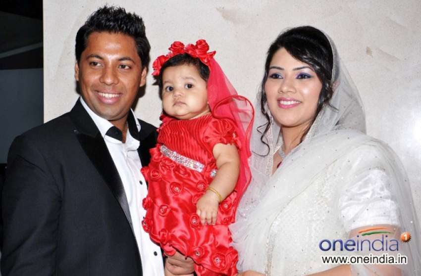 Aslam Lashkaria's Grand Daughter's 1st Birthday Party