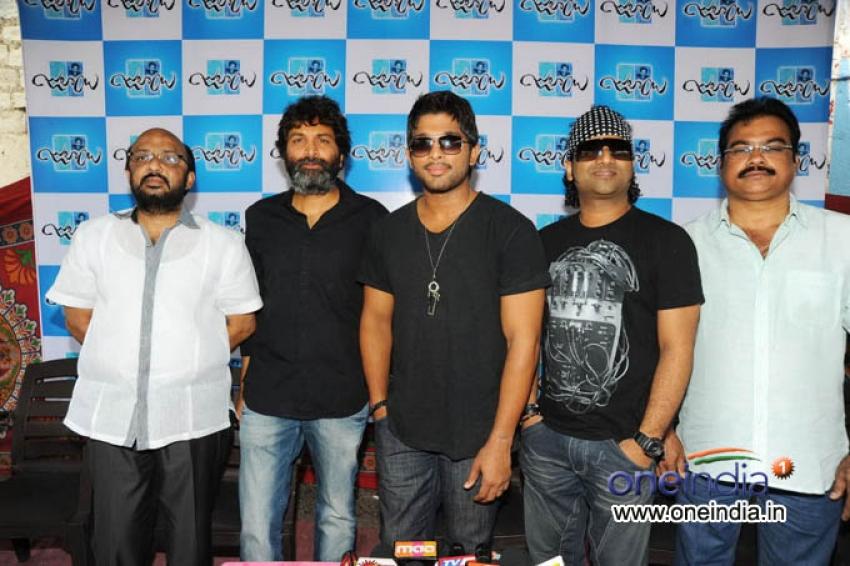 Julayi Movie Press Meet