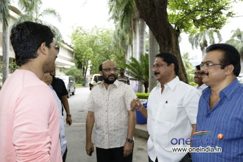 Julayi Press Meet