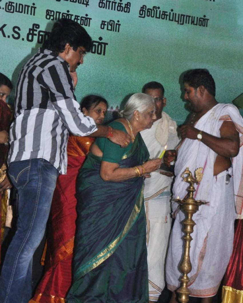 Nimirnthu Nil Movie Launch