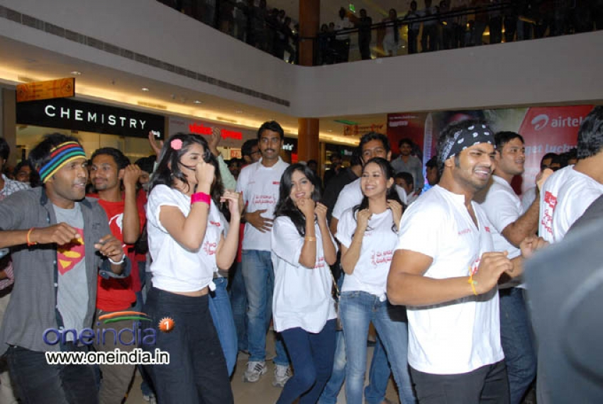 UKUP Team in Inorbit Mall