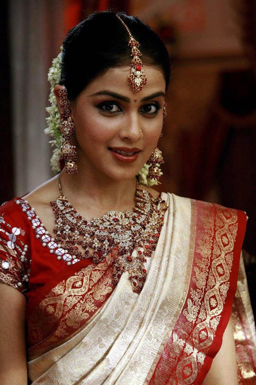 Actresses In Bridal Look Photos Filmibeat