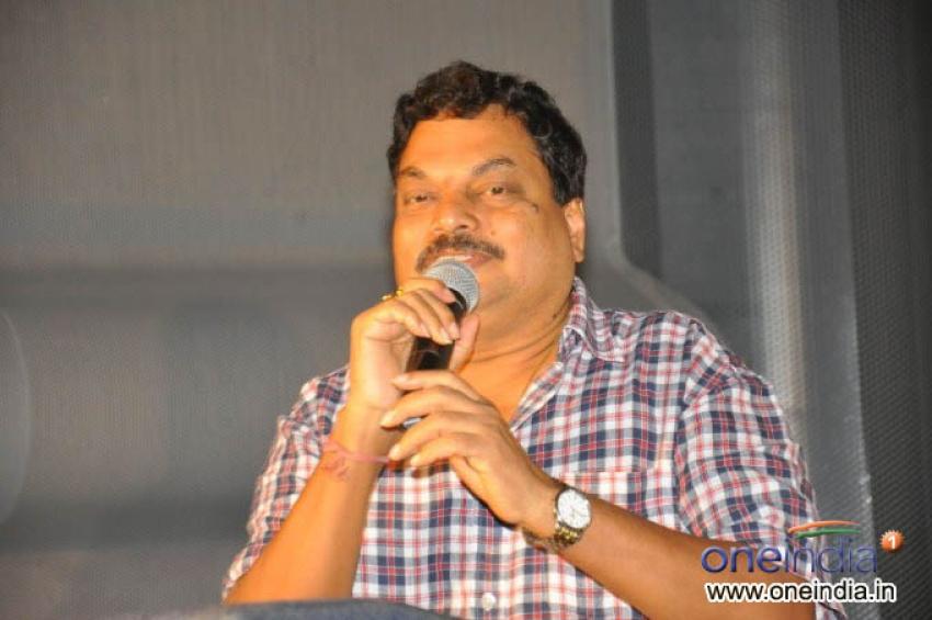 Naluguru Snehitula Katha Audio Release