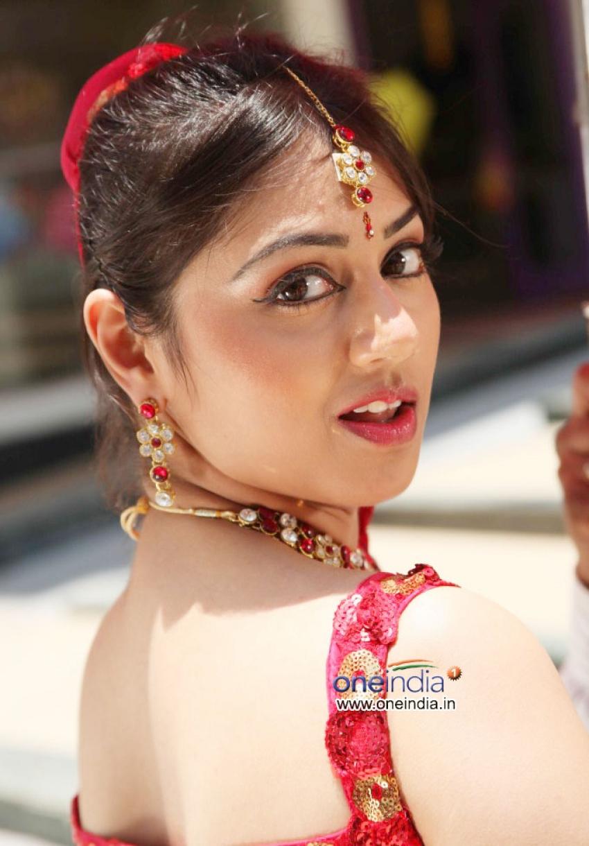 Manjunatha BA LLB Photos