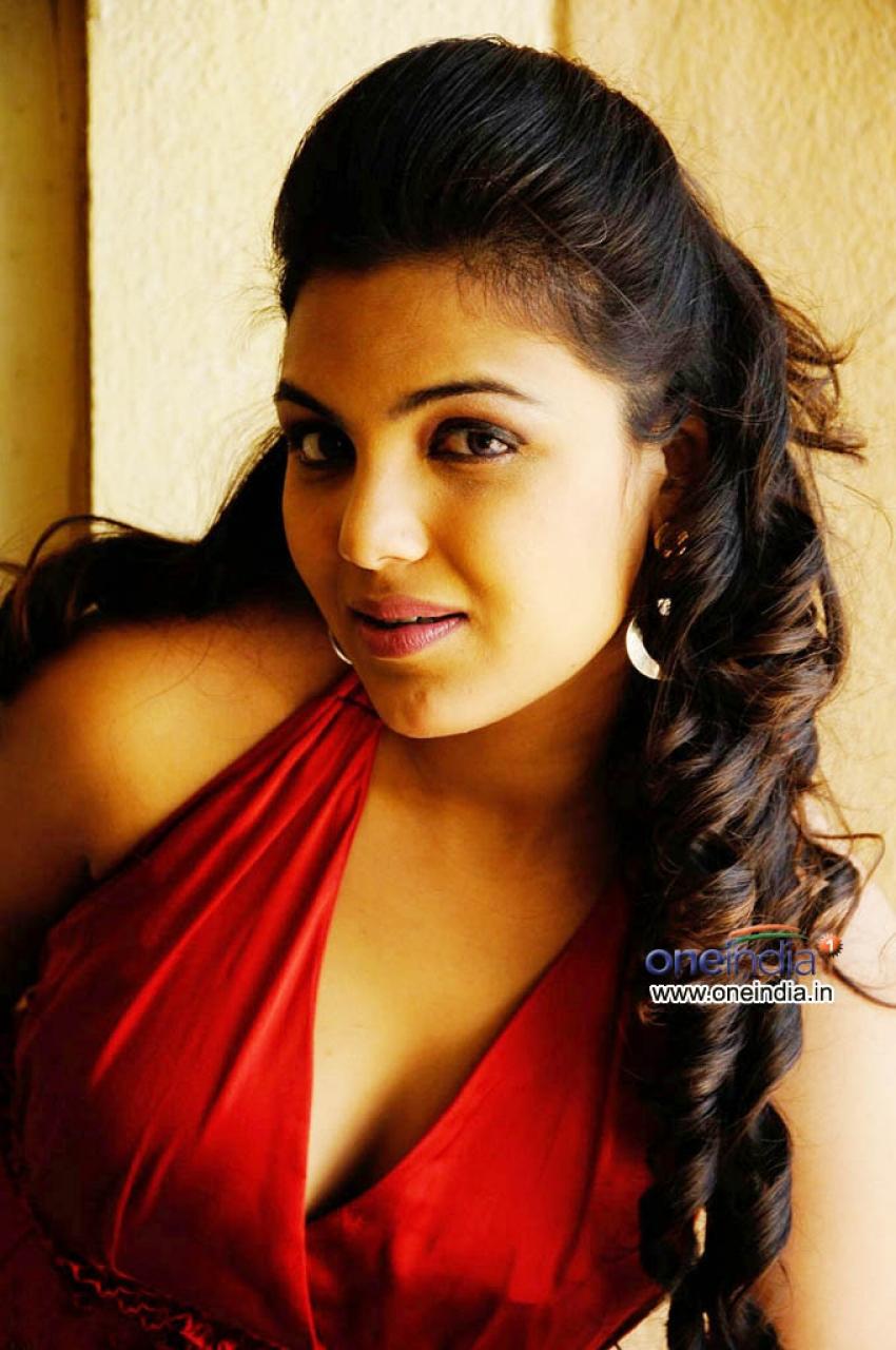 Priyanka Tiwari Photos