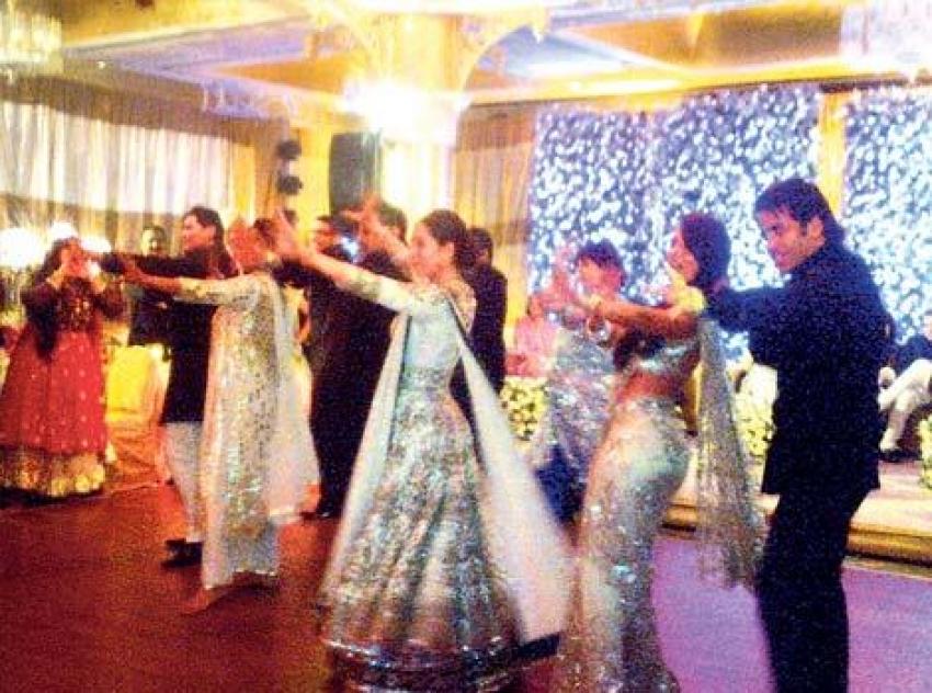 Saif Ali Khan And Kareena Kapoor Post Wedding Photos