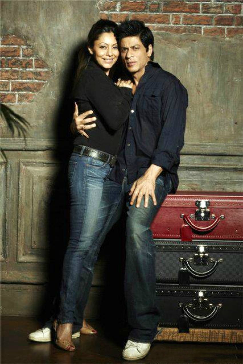 Shahrukh Khan and Gauri Khan 21st Wedding Anniversary Photos