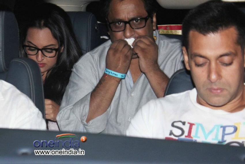 Salman Khan and Sonakshi Sinha at special screening of Life Of Pi Photos