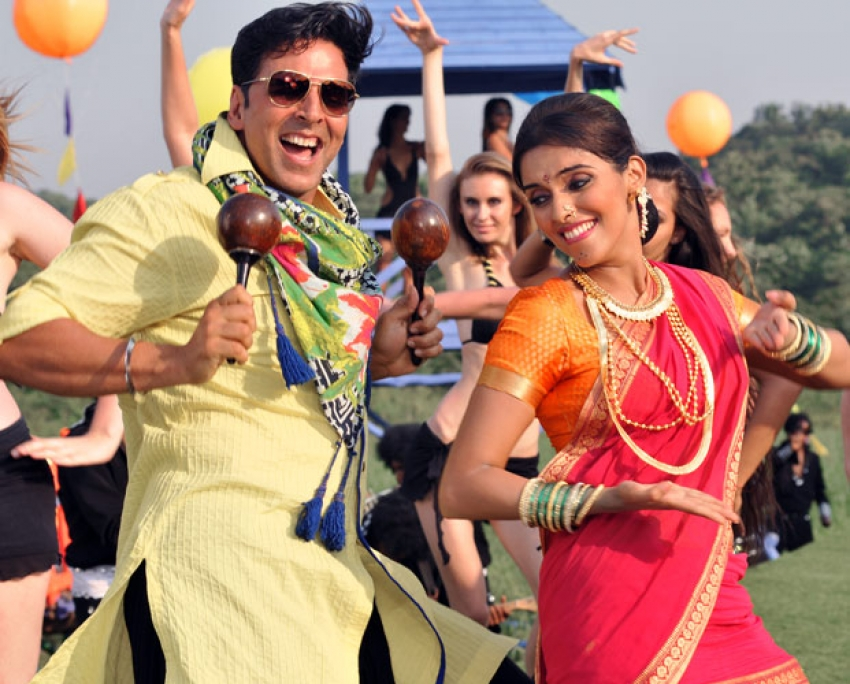 Khiladi 786 Photos