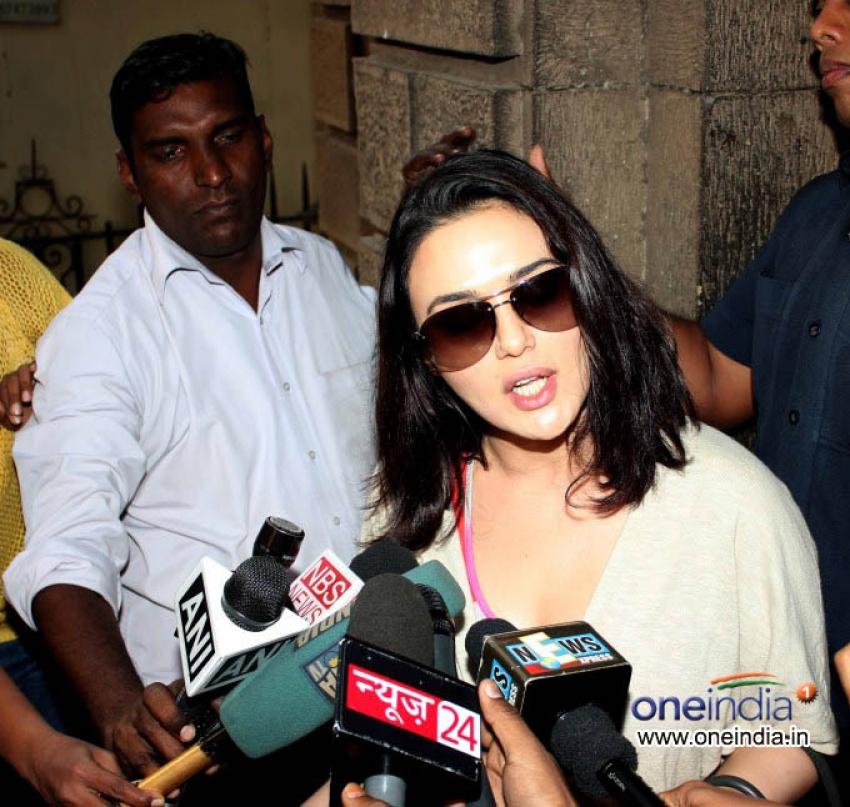 Preity Zinta in Court for Chori Chori Chupke Chupke Case Photos