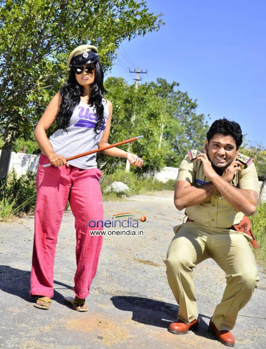 Simple Aagi Ondu Love Story Photos