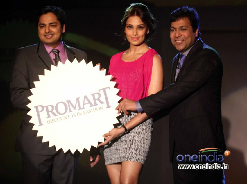 Bipasha Basu Unveils Basis Promart's New Brand Identity Photos