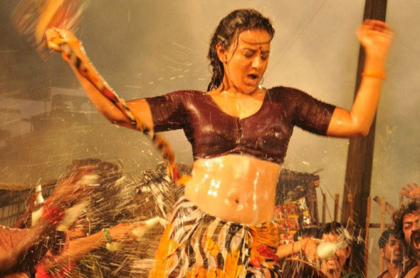 Most Viewed Item Girls North and South Cinema Photos - FilmiBeat